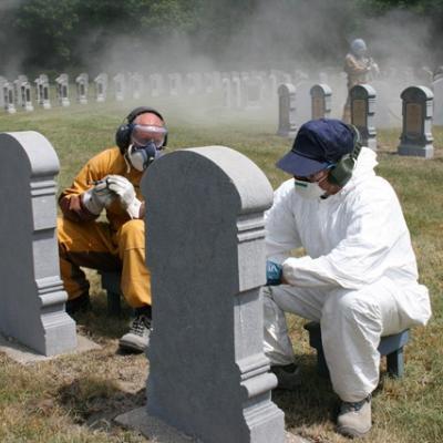 Maintenance des tombes par la Défense