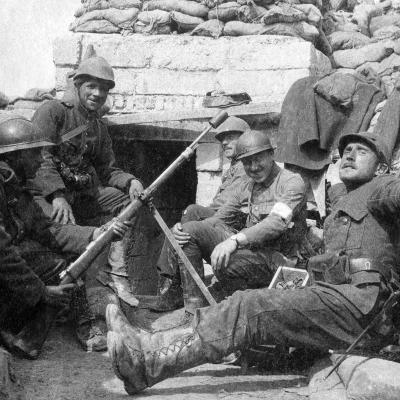 Soldaten in der Totengang