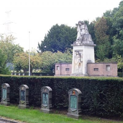 Cimetière militaire à Boninne